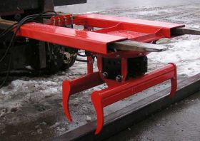 Bild 1: Stacker attachment / round profile gripper